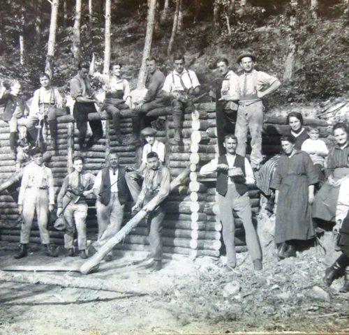 Bau der Schutzhütte 1923